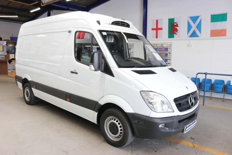 d9fbd975af 2010 - 60 - MERCEDES SPRINTER 313 2.2CDI MWB HIGH-TOP HUBBARD FRIDGE VAN