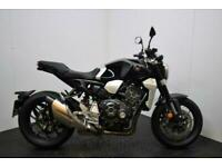 Honda CB1000r Less than 200 miles! £500 deposit contribution.