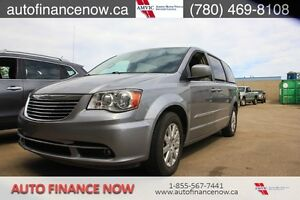 2015 Chrysler Town & Country Touring, ONLY $122.60 BIWEEKLY!