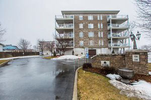 Luxury waterfront condo in Rockland