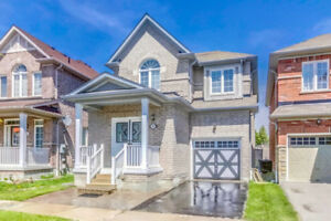 Beautiful House @ Amazing Location in Ajax
