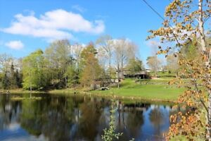 Lakefront, Pool, Gardens and so much more