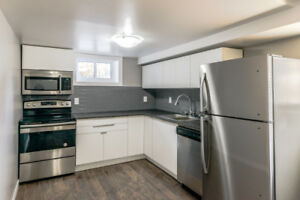 NEWLY RENOVATED LOWER UNIT + GREAT NEIGHBOURHOOD (NORTH END)