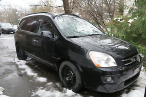 2008 Kia Rondo EX, 7 places, 8 pneus