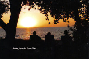 IPPERWASH BEACH FAMILY LAKEFRONT COTTAGE: SEPT VACANCY ONLY