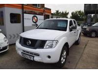 Nissan Navara 2013 Double Cab 2.5dCi EU V. STUNNING WHITE WITH LEATHERETTE SEATS