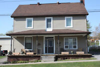 Stunning 9 bedroom large family home, Eganville, Ontario