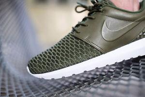 Men's Nike Roshe One Flyknit