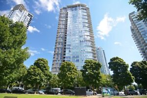 2BR - 1245ft2 – Yaletown Vancouver View Condo Rental