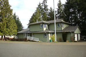 OPEN HOUSE MAY 27, 1-4pm. 5 Bedroom SxS Duplex for sale