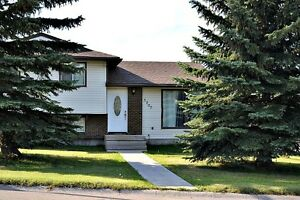 Amazing 4 Level Split in Drayton Valley (5205-45 Avenue)
