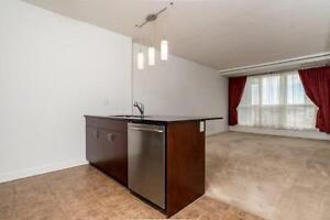 UNISON FIVE STAR UNFURNISHED EXECUTIVE RENTAL AT LONDON TOWERS -