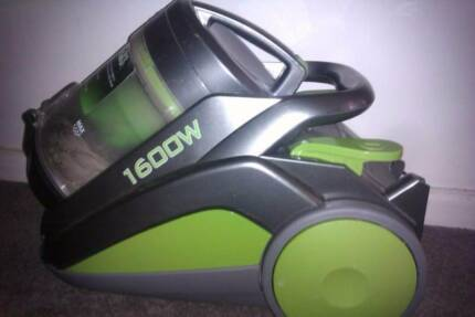 1600 Watt VAX VPP Vacuum Cleaner