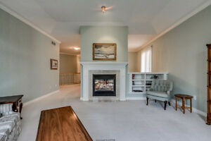 Luxury Condo In Oakridge! London Ontario image 4