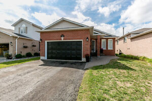 112 Ward Drive, Barrie. FOR SALE by The Curtis Goddard Team