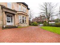 3 bedroom flat in Great Western Road, Anniesland, Glasgow, G12 0XR