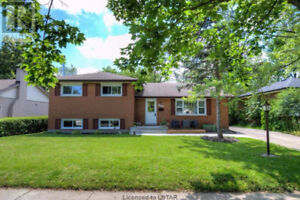 DISCOUNTED RENTAL PROPERTY for Investors!! Basement Rented $850
