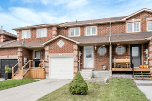 Bright & Spacious First-Time Buyer Opportunity - 56 Monarchy St.