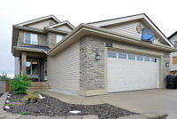 Executive 3100+ sq/ft 4 BDRM w Dev Basement in Kincora NW