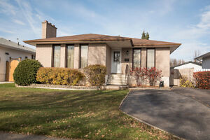 4 Bedrooms In a Great Location!!
