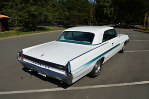 1962 Pontiac Grand Prix      ** CAR SHOW READY ** Campbell River Comox Valley Area image 4
