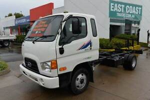 HYUNDAI HD45 ** CAB CHASSIS ** #4842 Archerfield Brisbane South West Preview