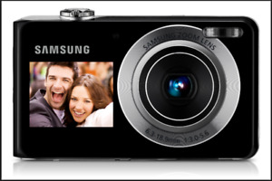 Samsung 12.2 MP Dual Screen Digital Camera. MINT!