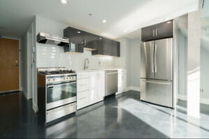 IMPECCABLY 1 BED RENOVATED NEW YORK STYLE LOFT at 933 SEYMOUR
