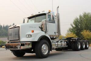 2013 Western Star 4900 Tri-Drive Truck, DD15, Double Frame