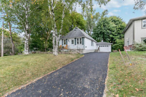 33 Gunn St, Barrie FOR SALE by The Curtis Goddard Team