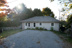 Bungalow for sale in waterfront community on Lake Scugog