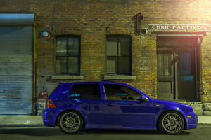 2004 Volkswagen Golf R32 Bicorps