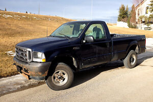 2004 Ford F-250 Pickup Truck - Long Box