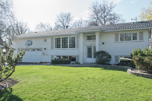 New Price! Entertainers Dream Home