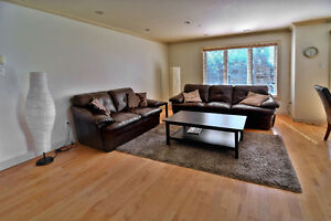 BEAUTIFUL 3 BEDROOM CONDO FULLY FURNISHED