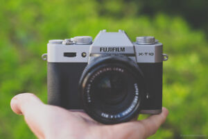 Fuji XT10 with Best Kit Lens    -Great Gift-