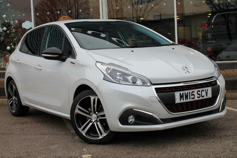 peugeot 208 1 2 puretech 110 gt line 5 door white 2015 in bolton manchester gumtree. Black Bedroom Furniture Sets. Home Design Ideas