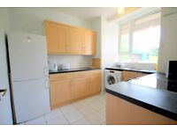 Spacious 4 double bedroom apartment (No Lounge) near Angel Station.