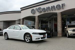 2016 Dodge Charger SXT  - Bluetooth -  Heated Seats - Low Mileag