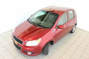 2011 CHEVROLET Aveo 5 LS, HATCH, MP3, CLIMATISATION West Island Greater Montréal image 7