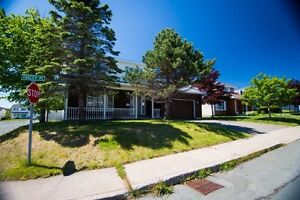 Beautiful East End Home - Open House  - Sunday, August 14