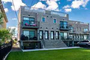 Great waterfront condo in Montreal Qc