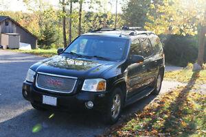 2005 GMC Envoy Denali SUV, Crossover
