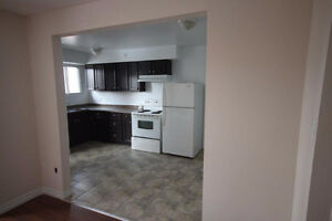 NEWLY RENOVATED 3 BDRM. TOWNHOUSE in GALT - FINISHED BASEMENT Cambridge Kitchener Area image 1