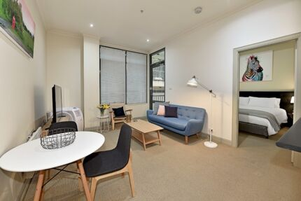 FULLY FURNISHED 1 BED. $699 p/w ALL BILLS inc - 100m to Flagstaff