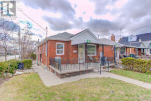 East York Bungalow for Rent