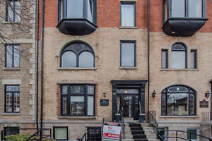 Hamilton office for lease - heritage building & beside the GO !