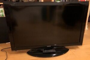 """LCD TV 40"""" Toshiba for Sale"""