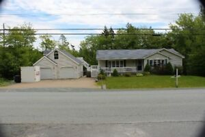Spacious 5 bedroom home only minutes to amenities