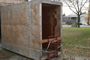 Storage shed, needs finishing, you move